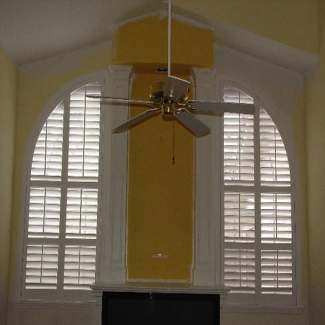 Shutters_with_moveable_louvers_img